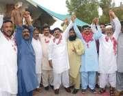 فیصل آباد: آل کلرکس ایسوسی ایشن (ایپکا) کے مختلف گروپس آپسی اختلافات ..