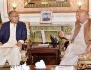 لاہور: گورنر پنجاب چوہدری محمد سرور سے وزیر اعظم کے معاون خصوصی ڈاکٹر ..