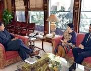 اسلام آباد: وزیر اعظم عمران خان سے بیرونس سیدہ وارثی ملاقات کر رہی ہیں۔
