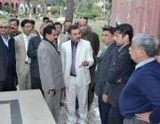 لاہور: سپریم کورٹ کے حکم پر لاور اورنج لائن میٹر ٹرین پراجیکٹ کے لیے ..