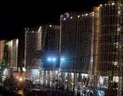 راولپنڈی: عید الفطر کی آمد کے موقع پر عمارتوں کو خوبصورت لائٹوں سے سجایا ..