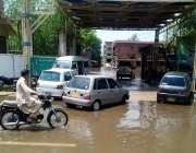 حیدر آباد: شہباز بلڈنگ ڈویژنل دفاتر کا مین گیٹ تیسرے روز بھی بارش کے ..