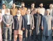 فیصل آباد: چیمبر آف کامرس اینڈ انڈسرٹی میں قائمقام صدر میاں تنویر احمد ..