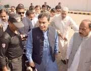 لاہور: پنجاب اسمبلی میں قائد حزب اختلاف حمزہ شہباز پروڈکشن آرڈر جاری ..