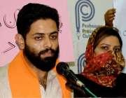 پشاور: ہندوکمیونٹی کے پنڈت شیورام شرماپریس کانفرنس کر رہے ہیں۔