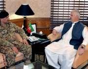 پشاور: وزیراعلی خیبر پختوامحمود خان سے نئے تعینات ہونیوالے کور کمانڈر ..