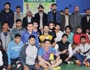 پشاور: کلین اینڈ گرین بیڈ منٹن لیگ میں شریک کھلاڑیوں کا رکن صوبائی اسمبلی ..