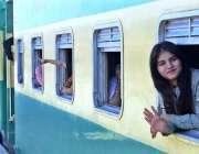 حیدرآباد: ریلوے اسٹیشن پر گرو نانک کی یوم پیدائش کے موقع پر مذہبی رسومات ..