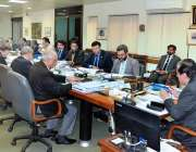 اسلام آباد: چیئرمین نیب جسٹس (ر) جاوید اقبال اعلیٰ سطحی اجلاس کی صدارت ..