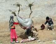 ایبٹ آباد: بچے کھیل کود میں مصروف ہیں۔