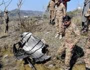 راولپنڈی: پاک فضائیہ کی جانب سے مار گرائے جانیوالے بھارتی طیارے کا ..
