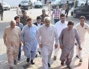 لاہور: مسلم لیگ (ن)کے رکن اسمبلی خواجہ سلمان رفیق پنجاب اسمبلی کے اجلاس ..