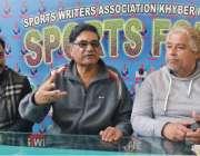 پشاور: سابق صوبائی وزیر کھیل سید عاقل شاہ نیشنل گیمز کے حوالے سے میڈیا ..