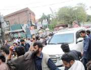 لاہور: پنجاب اسمبلی میں قائد حزب اختلاف حمزہ شہباز ہائیکورٹ سے تین ..