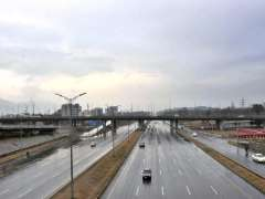 ISLAMABAD: A view of dark clouds hovering over the city during light rain experienced in the twin cities.