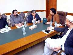 ISLAMABAD: Muhammad Usman Dar, Special Assistant to the Prime Minister on Youth Affairs in a meeting with a team of GIZ.