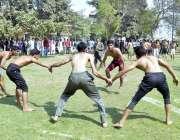 ملتان: گورنمنٹ ولایت حسین اسلامیہ کالج کے سالانہ اسپورٹس گالا کے دوران ..