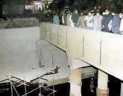 لاہور، وزیراعلی پنجاب عثمان بزدار رات گئے فردوس مارکیٹ کے انڈرپاس ..