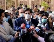 کراچی، وزیراعلی سندھ مراد علی شاہ سندھ اسمبلی کے باہر میڈیا سے گفتگو ..