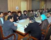 ملتان: ڈپٹی کمشنر عامر خٹک کرکٹ اسٹیڈیم میں پاکستان سپر لیگ 2020 کے 3 میچوں ..
