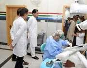 راولپنڈی: ڈپٹی کمشنر کیپٹن ریٹائرڈ انوار الحق تحصیل ہیڈ کوارٹر ہسپتال ..