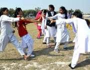 لاڑکانہ: شہید محترمہ بے نظیر بھٹو سالانہ اسپورٹس ویک 2020 کے دوران پی ..