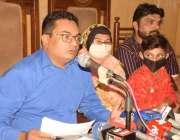 لاہور: سری لنکا میں قید پاکستانیوں کے اہل خان قیدیوں کی وطن واپسی میں ..