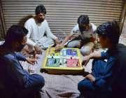 پشاور: رمضان المبارک کے ماہ رمضان المبارک کے دوران کلی کے باری علاقے ..