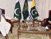 مظفر آباد: صدر آزادکشمیر سردار مسعود خان سے وزیرصحت ڈاکٹر نجیب نقی ..