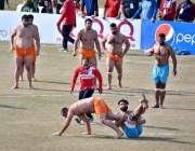 فیصل آباد: اقبال اسٹیڈیم میں کبڈی ورلڈ کپ 2020 کے دوران ہندوستانی اور ..