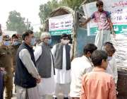 فیصل آباد، صوبائی وزیر چوہدری ظہیرالدین بابر کلیم شہید پارک میں لگے ..