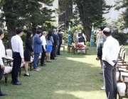 اسلام آباد، صدر عارف علوی ایوان صدر میں چین کے طبی ماہرین کے وفد سے ..