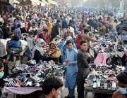 لاہور، نولکھا بازار میں شہری کورونا سے بچائو کیلئے مرتب کردہ ایس او ..