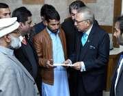 اسلام آباد: صدر ڈاکٹر عارف علوی سہولت مرکز بیت المال کا دورہ کر رہے ..