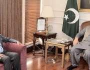 اسلام آباد : سپیکر اسد قیصر سے چیر مین کشمیر آرفن ریلیف ٹرسٹ ( کورٹ ) ..