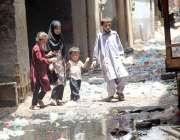 کراچی: تاج مسجد روڈ کونسلر عبدالخالق والی گلی میں عرصہ دراز سے سیوریج ..