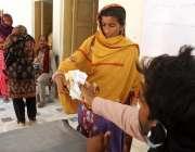حیدرآباد، احساس پروگرام کے تحت ایک خاتون 12000 روپے کی امدادی رقم وصول ..