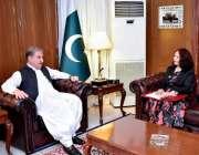 اسلام آباد: وزیرخارجہ مخدوم شاہ محمودقر یشی سے نیپال کی سفیرمس سيو ..