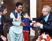 اسلام آباد: صدر ڈاکٹر عارف علوی پاکستان بیت المال پروگراموں سے مستفید ..