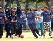 راولپنڈی: وقار النساء کالج میں آسٹریلیائی فٹ بال ٹورنامنٹ کے دوران ..