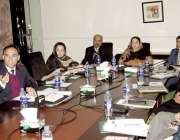 لا ہور: صوبائی وزیر صحت ڈاکٹر یاسمین راشدجی اوآرآ فیسر زمیس میں اعلی ..