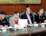 لاہور: صوبائی وزیرقانون راجہ بشارت سول سیکرٹریٹ میں لاء اینڈ آرڈر کے ..