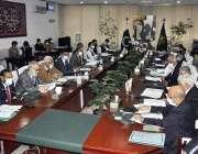 اسلام آباد، مشیر خزانہ عبدالحفیظ شیخ قومی اقتصادی رابطہ کمیٹی کے اجلاس ..