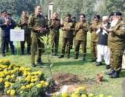 لاہور: آئی جی پنجاب شعیب نئی شجر کاری مہم کے سلسلے میں سنٹرل پولیس آفس ..