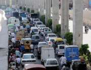 راولپنڈی: لاک ڈاؤن میں نرمی کے بعد ٹریفک پولیس کی جانب سے موثر پلان ..