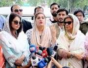 لاہور: چیئر پرسن چائلڈ پروٹیکشن بیوروساره احمد گداگر بچوں کے خلاف کریک ..