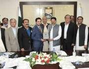 اسلام آباد رکن قومی اسمبلی وچئیرمین قائم کمیٹی برائے داخلہ راجہ خرم ..