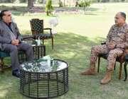 کراچی، گورنر سندھ عمران اسماعیل سے ڈائریکٹر جنرل سندھ میجر جنرل عمر ..