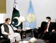 اسلام آباد، وزیراعظم کے معاون خصوصی ڈاکٹر معید یوسف سے وزیراعظم آزاد ..