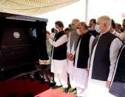 اسلام آباد: وزیر اعظم عمران خان پشاور بس ریپڈ ٹرانزٹ (بی آر ٹی) کے افتتاحی ..